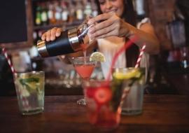 Cocktail Making Classes: Hen Activities