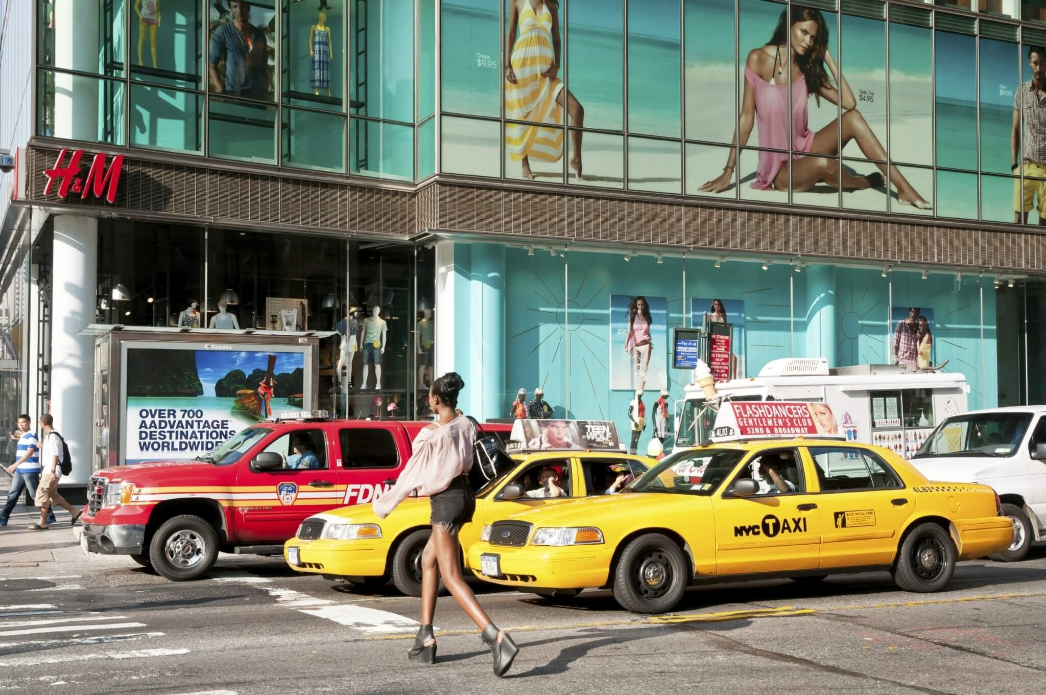 Busy-intersection-at-42nd-Street-in-New-York-City-000017403100_Large.jpg.jpeg
