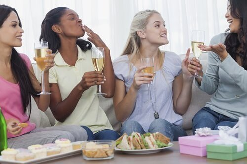 Friends-drinking-white-wine-and-chatting-during-party-000040632298_Medium-1.jpg.jpeg