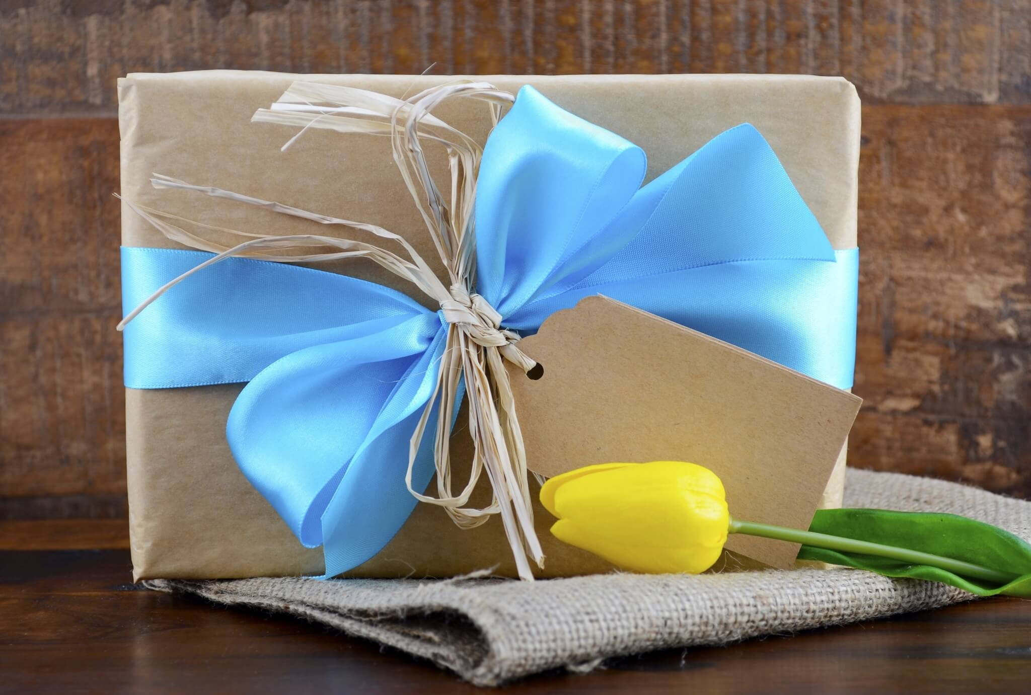 Happy-Fathers-Day-Natural-Kraft-Paper-Gift-000066087447_Large.jpg.jpeg