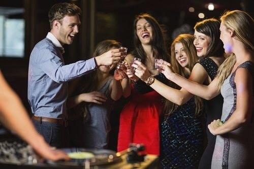 Happy-friends-drinking-shots-by-the-dj-booth-000056071700_Medium-1.jpg.jpeg