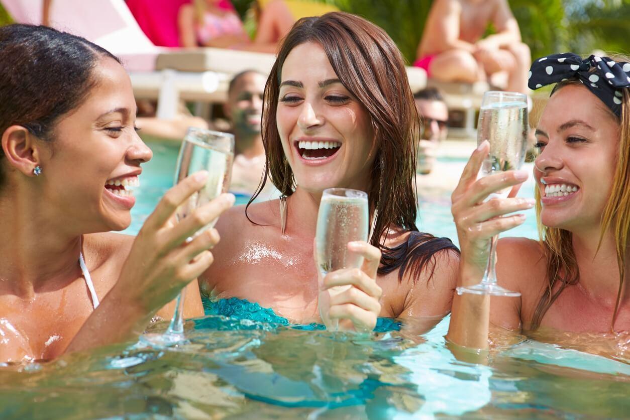 Hen-Party-Activities-for-the-Summer.jpg.jpeg