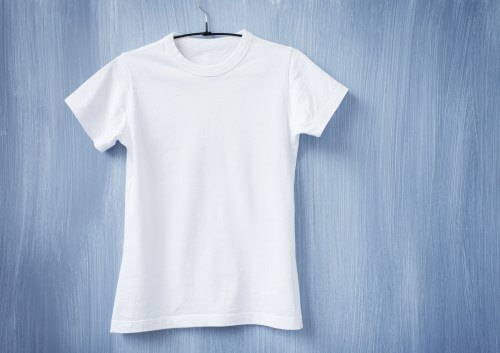 White-tshirt-on-hanger-000057015608_Double-500-x-353-1.jpg.jpeg