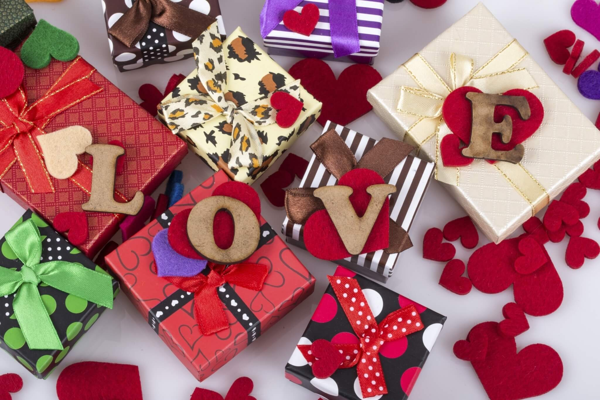 colorful-gift-boxes-and-hearts-000079682877_Large-1.jpg.jpeg