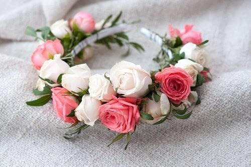 make-your-own-flower-crown.jpg.jpeg